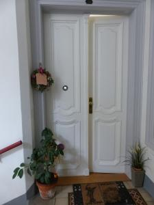 Stadtnest B&B Wien, Bed and breakfasts  Vienna - big - 41