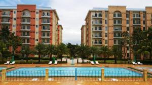 Chateau Elysee Condo Unit - Vendome, Apartmanok  Manila - big - 53