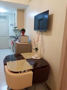 Chateau Elysee Condo Unit - Vendome, Apartmanok  Manila - big - 55
