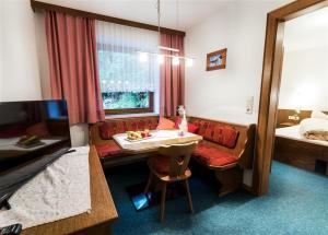 Hotel-Gasthof Freisleben, Hotely  Sankt Anton am Arlberg - big - 4