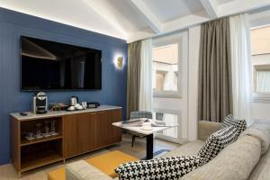 GKK Exclusive Private Suites (34 of 48)