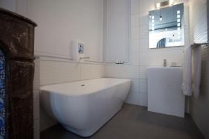 L'Esplanade Lille, Bed and breakfasts  Lille - big - 23