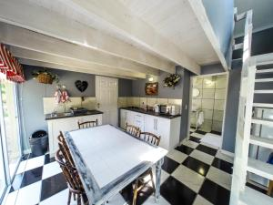 Mont Rouge, Guest houses  Clarens - big - 50