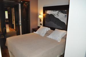 Hotel Ciria, Отели  Бенаске - big - 23