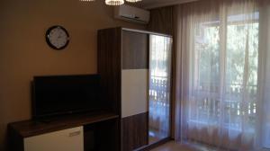 Guest house Skazka, Гостевые дома  Гагра - big - 47