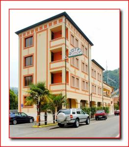 Hotel Ristorante Fratelli Zenari