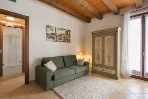Borgo Orsolini - AbcAlberghi.com