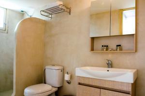 Olia Hotel, Hotels  Tourlos - big - 7