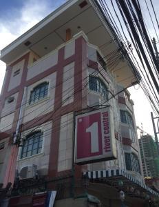 1 River Central Hostel, Hostelek  Manila - big - 18