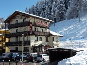 Pila Hotels