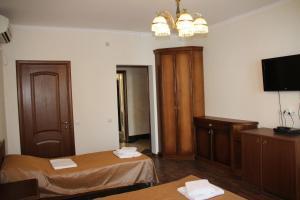 Guest house Skazka, Гостевые дома  Гагра - big - 54