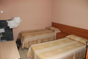 Habitación Doble con baño compartido - 2 camas