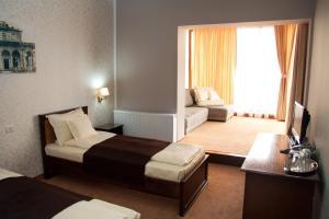 Hotel Hanul de la Rascruce, Hotely  Arad - big - 2