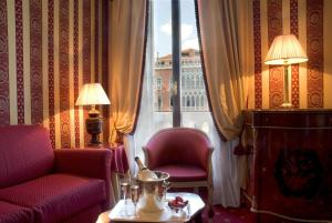 Exclusive Junior Suite Grand Canal View