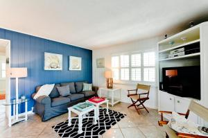 Beach Dream A Two Bedroom Condo-Downstairs, Apartmány  Holmes Beach - big - 6