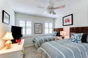 Beach Dream A Two Bedroom Condo-Downstairs, Apartmány  Holmes Beach - big - 15