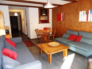 One-Bedroom Apartment Mondzeu 245 C, Apartmány  Verbier - big - 25