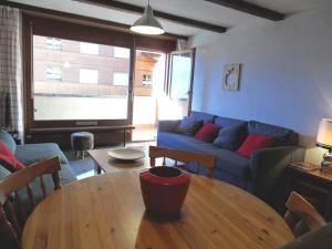 One-Bedroom Apartment Mondzeu 245 C, Apartmány  Verbier - big - 28
