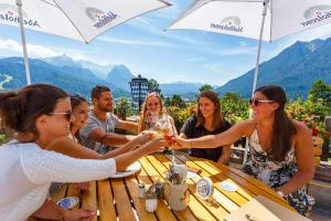 Landhotel und Berggasthof Panorama, Hotel  Garmisch-Partenkirchen - big - 82