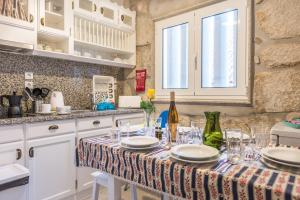 Centenary Fontainhas Apartments, Apartmanok  Porto - big - 50
