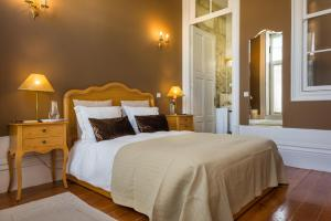 Centenary Fontainhas Apartments, Apartmány  Porto - big - 47