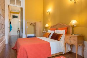 Centenary Fontainhas Apartments, Apartmány  Porto - big - 64