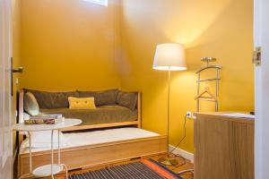 Centenary Fontainhas Apartments, Apartmány  Porto - big - 37