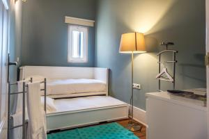 Centenary Fontainhas Apartments, Apartmány  Porto - big - 36