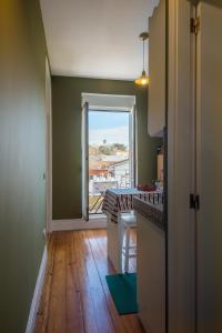Centenary Fontainhas Apartments, Apartmány  Porto - big - 9