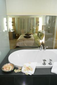 Hotel Maximilian, Отели  Обераммергау - big - 3