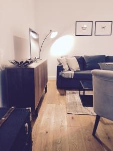 Square9 Apartment