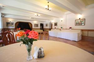 Hotel Ruia, Hotely  Poiana Brasov - big - 44