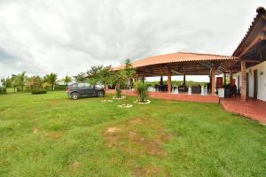 Hotel Campestre San Juan de los Llanos, Виллы  Yopal - big - 35
