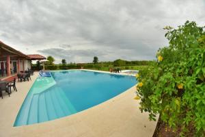 Hotel Campestre San Juan de los Llanos, Виллы  Yopal - big - 51
