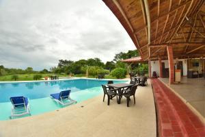 Hotel Campestre San Juan de los Llanos, Виллы  Yopal - big - 55