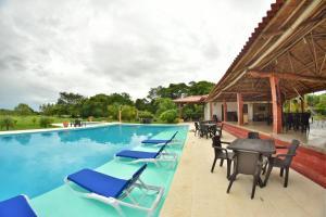 Hotel Campestre San Juan de los Llanos, Виллы  Yopal - big - 56