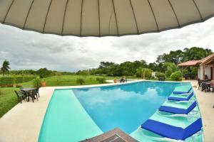 Hotel Campestre San Juan de los Llanos, Виллы  Yopal - big - 57