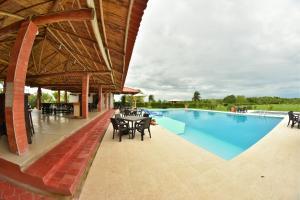 Hotel Campestre San Juan de los Llanos, Виллы  Yopal - big - 62
