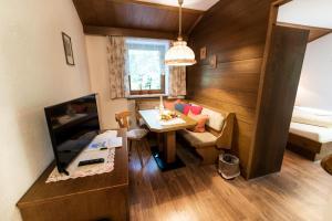 Hotel-Gasthof Freisleben, Hotely  Sankt Anton am Arlberg - big - 5