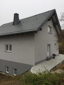 Artgerecht Ferienhäuser, Дома для отпуска  Bad Berleburg - big - 15