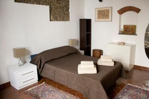 Ghibellina Frescoes Apartment, Apartmány  Florencia - big - 13