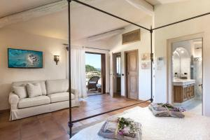 Villa Hortensia, Bed & Breakfast  Arzachena - big - 14