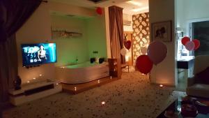 Dorrah Suites, Aparthotels  Riad - big - 58