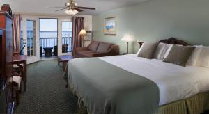 Oceanside King Room with Balcony