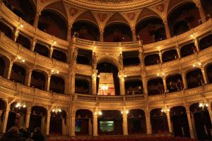 Little Americas Opera, Apartments  Budapest - big - 3