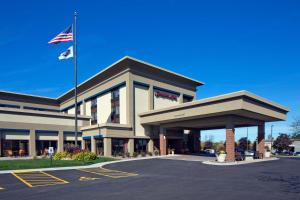 Hampton Inn Milwaukee Brookfield, Hotels  Brookfield - big - 1