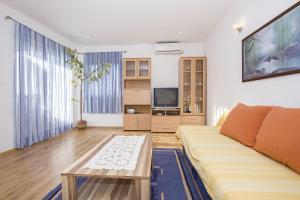 Apartments Alen, Apartmány  Fažana - big - 2