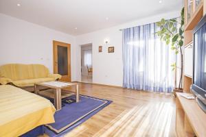 Apartments Alen, Apartmány  Fažana - big - 56