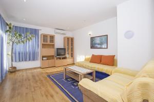 Apartments Alen, Apartmány  Fažana - big - 59