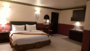 DM Residente Hotel Inns & Villas, Hotely  Angeles - big - 34